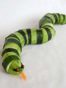 mentimun terlihat seperti ular